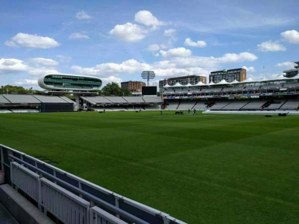 Lord's Cricket Ground, rij: 2, stoel: 39