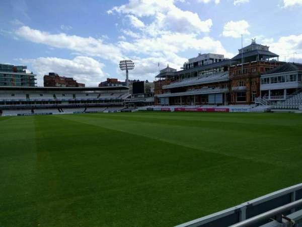 Lord's Cricket Ground, rij: 2, stoel: 30