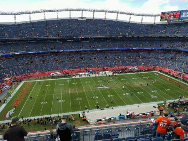 Empower Field at Mile High Stadium, vak: 536, rij: 10, stoel: 14