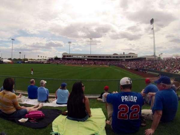 Tempe Diablo Stadium, vak: Lawn, rij: Left Field