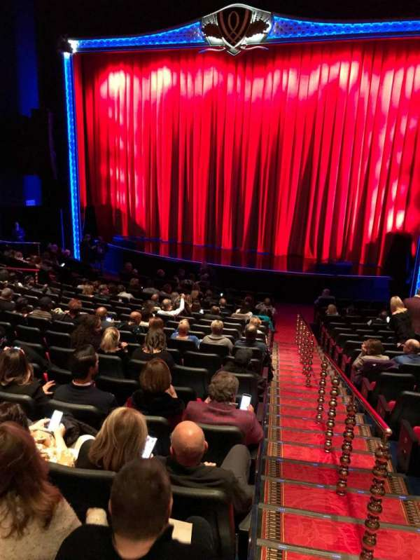Encore Theater at Wynn, vak: Orch Center, rij: S, stoel: 101