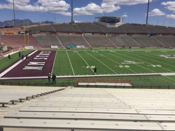 Aggie Memorial Stadium, vak: J, rij: 18, stoel: 33