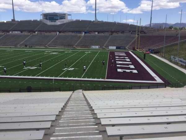 Aggie Memorial Stadium, vak: E, rij: 18, stoel: 1