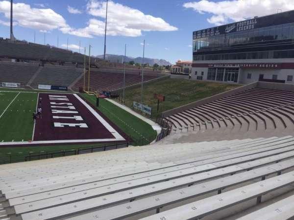 Aggie Memorial Stadium, vak: F, rij: 17, stoel: 31