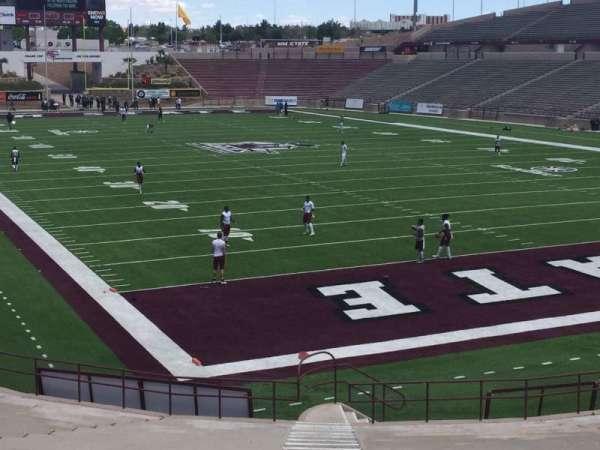 Aggie Memorial Stadium, vak: B, rij: 14