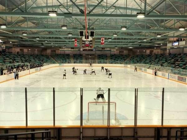 Waterloo Memorial Recreation Complex, vak: 23, rij: H, stoel: 7