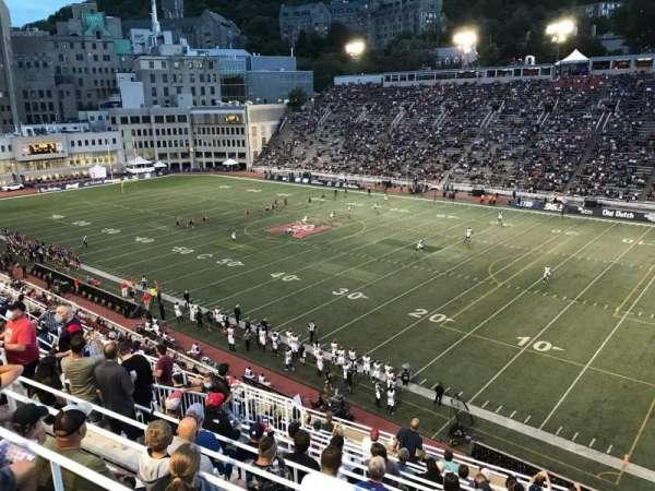 Percival Molson Memorial Stadium, vak: Q2, rij: 13, stoel: 16