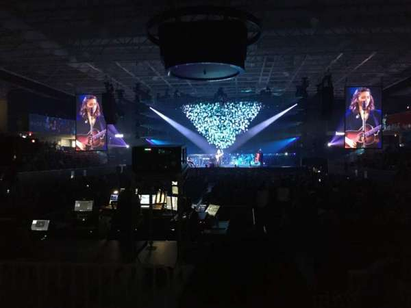 UPMC Events Center, vak: 110, rij: D, stoel: 6