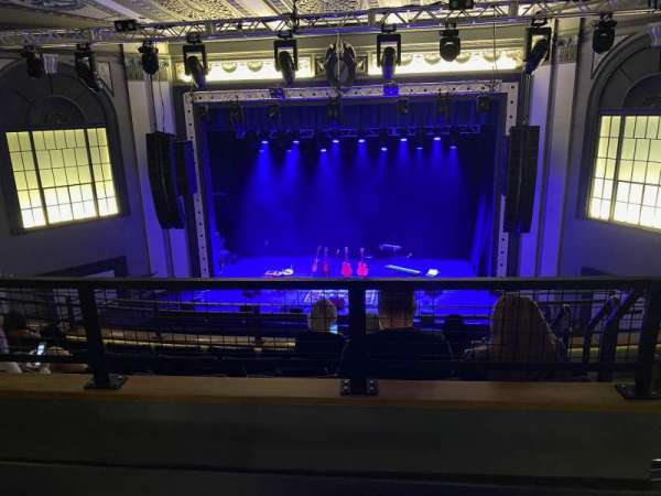 Roxian Theatre, vak: Balcony Rear Center, rij: E, stoel: 102