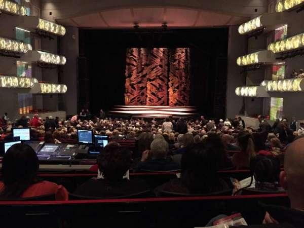 Muriel Kauffman Theatre, vak: PART-C, rij: DD, stoel: 125