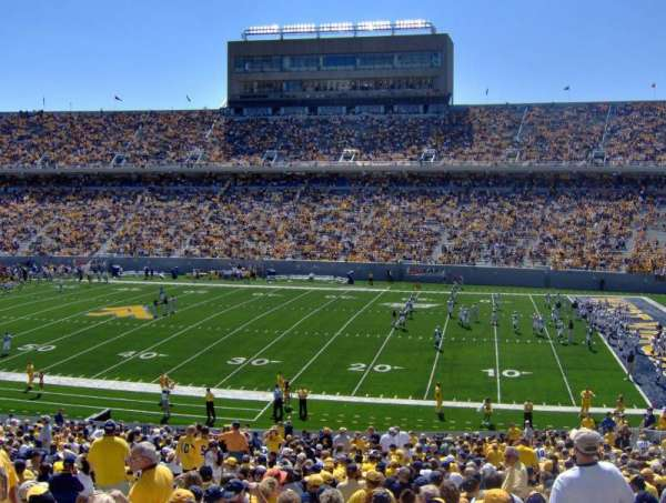 Mountaineer Field, vak: 108, rij: 42
