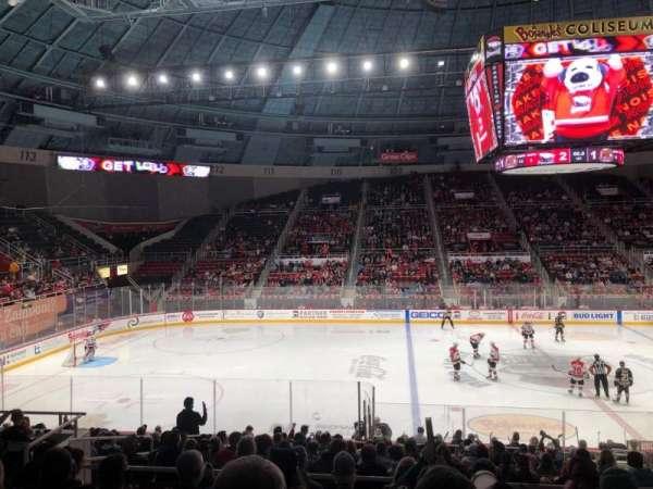 Bojangles' Coliseum, vak: 122, rij: Q, stoel: 7