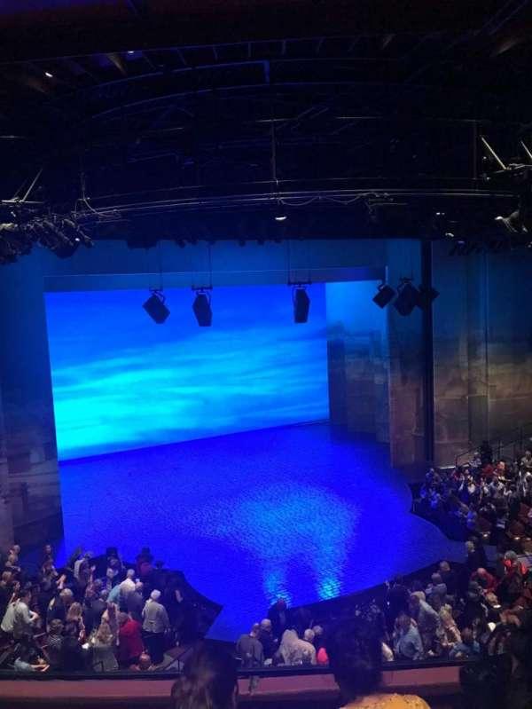 Vivian Beaumont Theater, vak: Loge, rij: C, stoel: 208