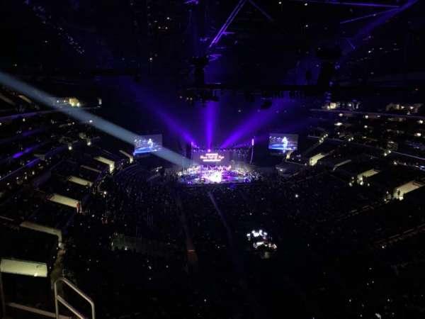 Staples Center, vak: 311, rij: 7, stoel: 19
