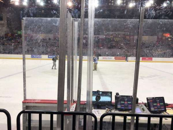 Sullivan Arena, vak: 112, rij: 7, stoel: 8