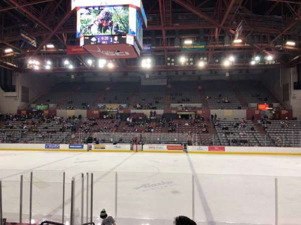 Sullivan Arena, vak: 114, rij: 13, stoel: 10