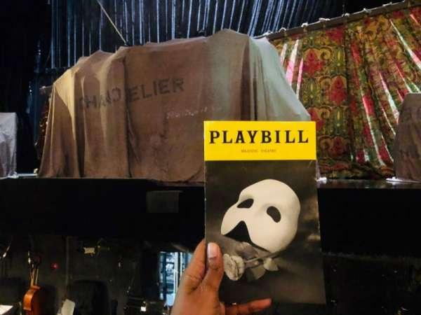 Majestic Theatre, vak: Orchestra, rij: BB, stoel: 111