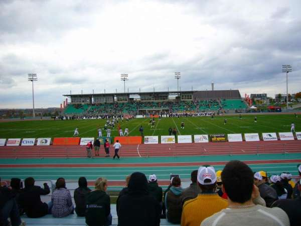 Stade de l'université de Sherbrooke, vak: SUD JJ, rij: G, stoel: 53