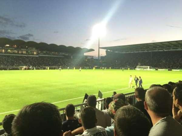 Stade Raymond Kopa, vak: St Leonard Laterale, rij: D, stoel: 188