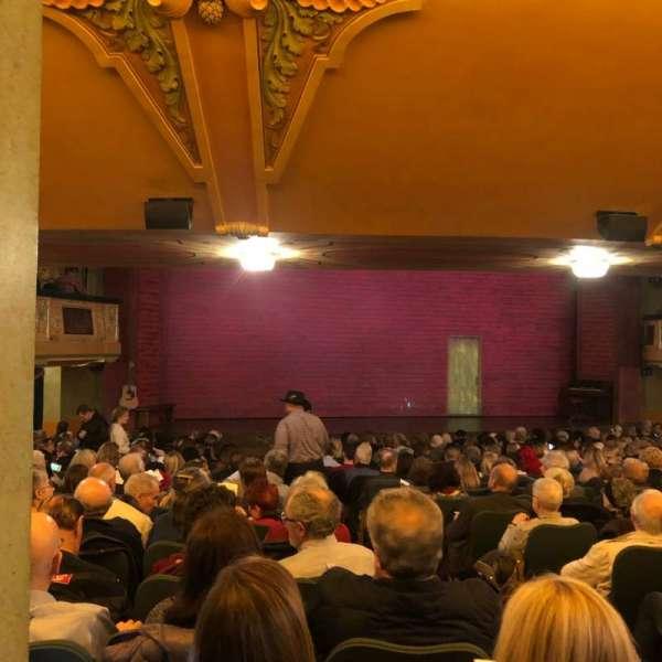 Shubert Theatre, vak: SRO, stoel: 3