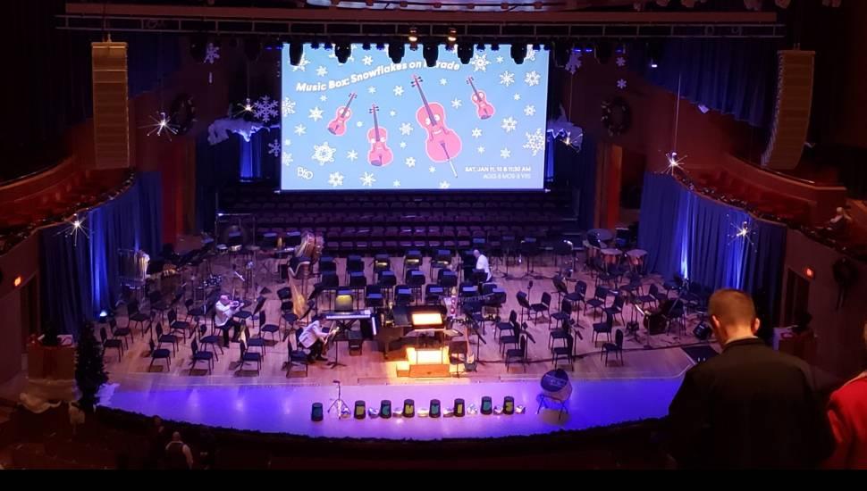 Joseph Meyerhoff Symphony Hall,  Vak <strong>112</strong>, Rij <strong>2</strong>, Stoel <strong>6</strong>