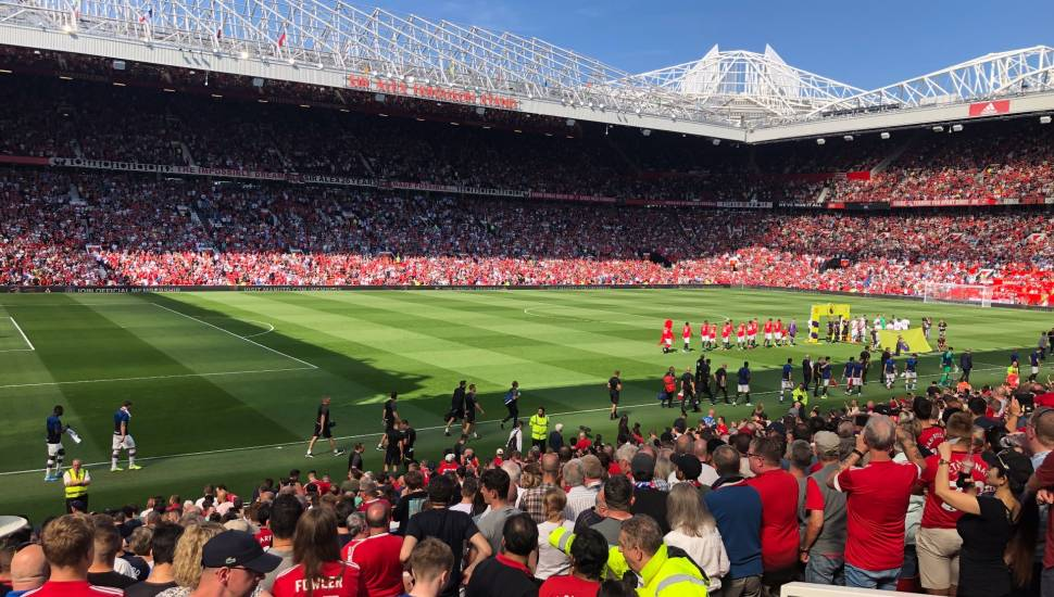 Old Trafford,  Vak <strong>8</strong>, Rij <strong>AA</strong>, Stoel <strong>4</strong>