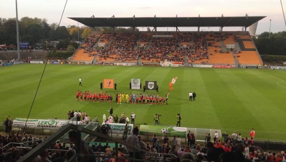 Stade Francis Le Basser,  Vak <strong>26</strong>, Rij <strong>11</strong>, Stoel <strong>13</strong>