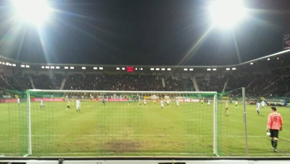 Cars Jeans Stadion,  Vak <strong>St Leonard Laterale</strong>, Rij <strong>V</strong>, Stoel <strong>169</strong>