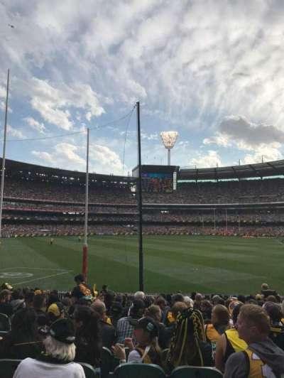 Melbourne Cricket Ground, vak: M1, rij: Q, stoel: 14