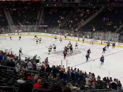 T-Mobile Arena, vak: 8, rij: Y, stoel: 6