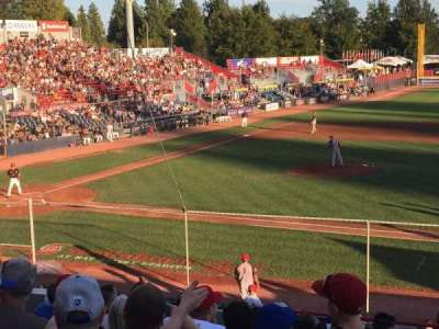 Nat Bailey Stadium, vak: 1, rij: 12, stoel: 12