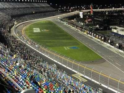 Daytona International Speedway, vak: 477, rij: 23, stoel: 11