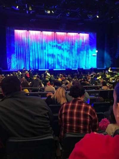 The Theatre at Madison Square Garden, vak: 201, rij: C, stoel: 10