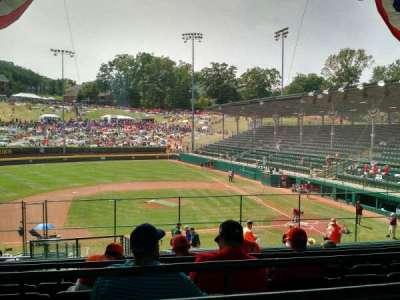 Howard J. Lamade Stadium, vak: 3, rij: L, stoel: 321