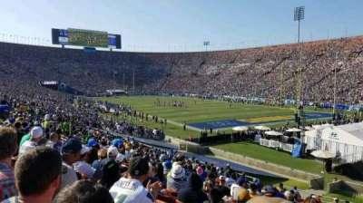 Los Angeles Memorial Coliseum, vak: 2H, rij: 33, stoel: 114