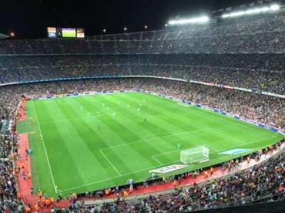 Camp Nou, vak: 416, rij: 1, stoel: 10
