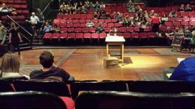 Circle in the Square Theatre, vak: Orchestra, rij: D, stoel: 229
