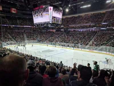 T-Mobile Arena, vak: 18, rij: V, stoel: 10