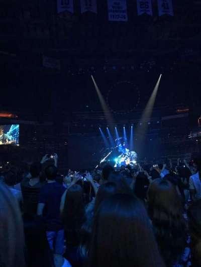 Capital One Arena, vak: 4, rij: E, stoel: 5