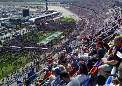 Daytona International Speedway, vak: 438, rij: 38, stoel: 17