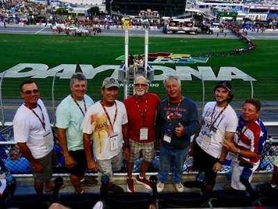Daytona International Speedway, vak: 351, rij: 4, stoel: 8