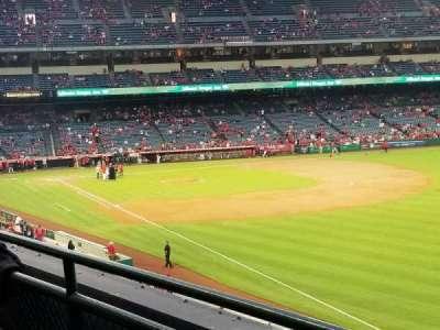 Angel Stadium, vak: C346, rij: B, stoel: 14