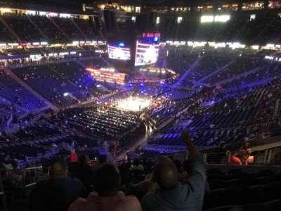 T-Mobile Arena, vak: 105, rij: P, stoel: 2