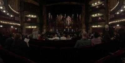 CIBC Theatre, vak: ORCH-C, rij: R, stoel: 109