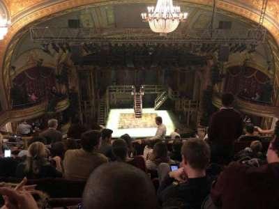 Richard Rodgers Theatre, vak: Rear Mezz, rij: F, stoel: 111-112