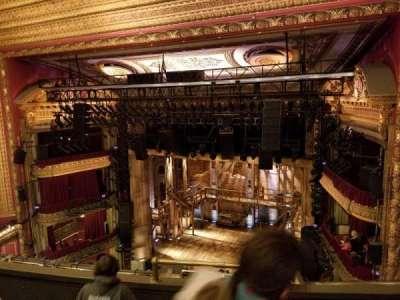CIBC Theatre, vak: BALC-R, rij: D, stoel: 4