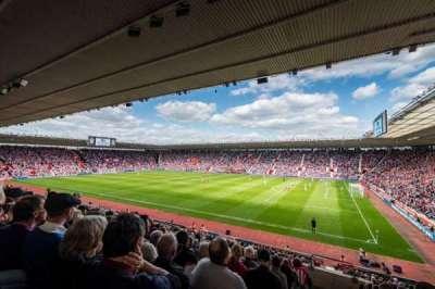 St Mary's Stadium, vak: 27