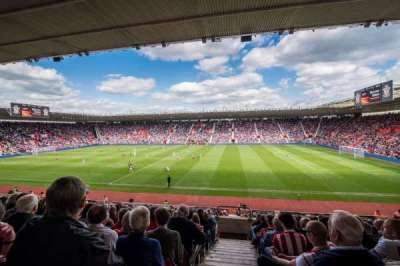 St Mary's Stadium, vak: 28