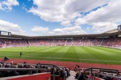 St Mary's Stadium, vak: 30
