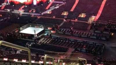 Madison Square Garden, vak: 214, rij: 18, stoel: 1